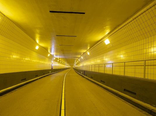 Maastunnel thumb.jpg