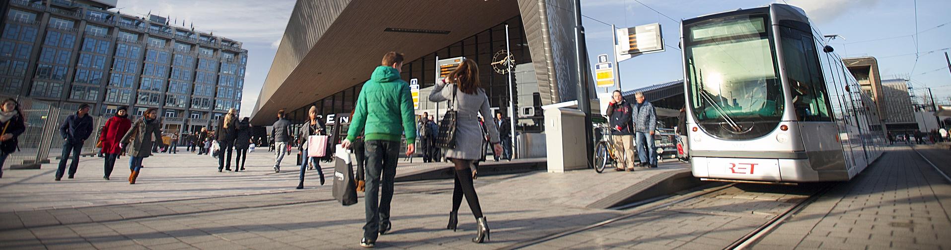 Tramhaltes Rotterdam Centraal verplaatst