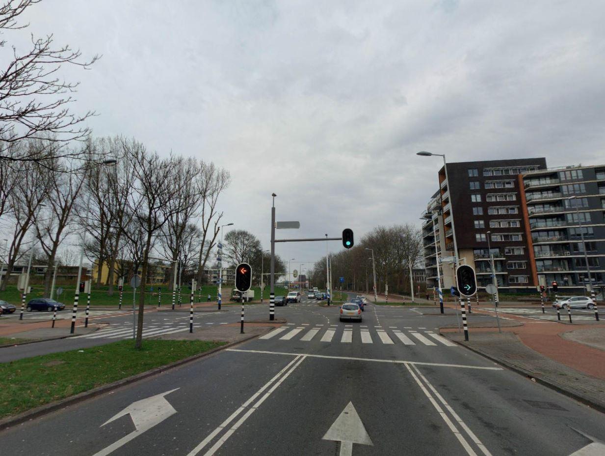 Nieuwe verkeerslichten Adriaan Volkerlaan - Dwarsdijk